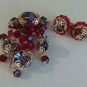Vintage brooch /earring set